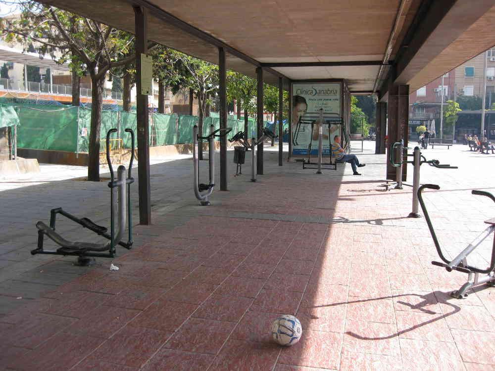 Zona saludable de mayores en el espacio de La Caleta  (2013)