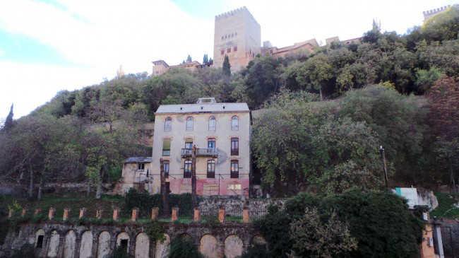 Estado en el que se encuentra el Hotel Reúma, a pie de la Alhambra.