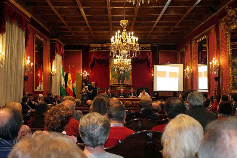 Pleno vecinal para presentar los Presupuestos de Granada para 2014