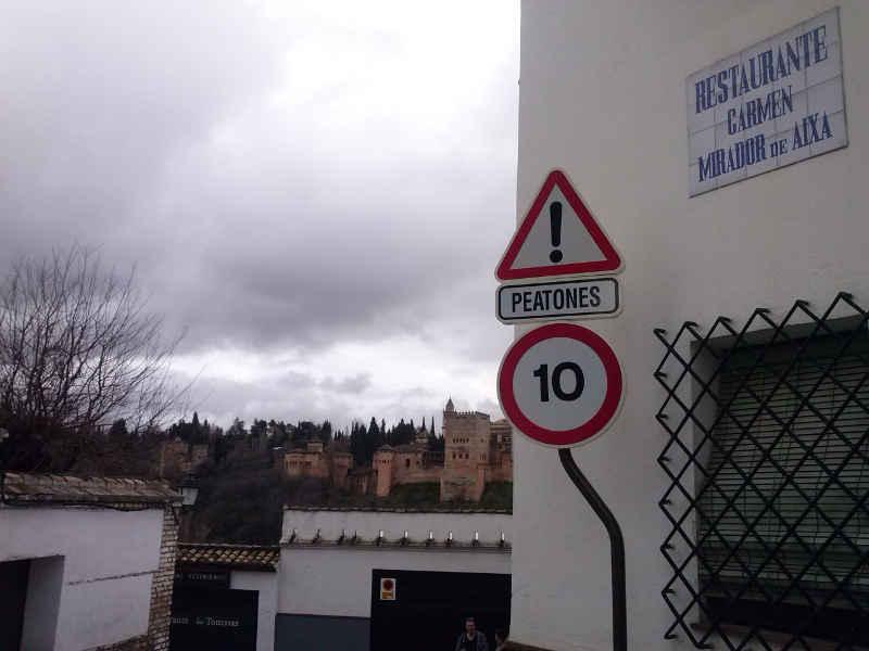 Nueva señal de limitación de velocidad en Carril San Agustín 2014