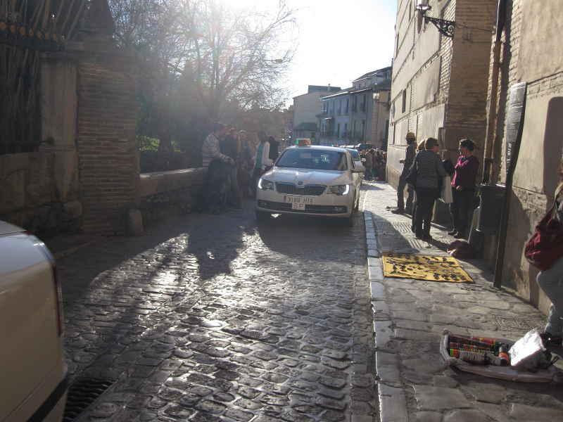 Caravana de taxis por la Carrera del Darro