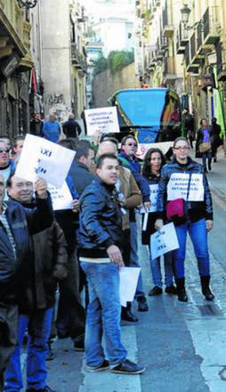 Imagen de la protesta del pasado 5 de diciembre de 2013 al paso del tren.