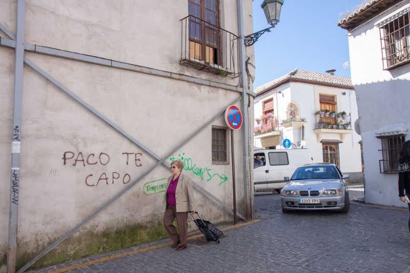 Pintadas en la calle Pagés ID 2014