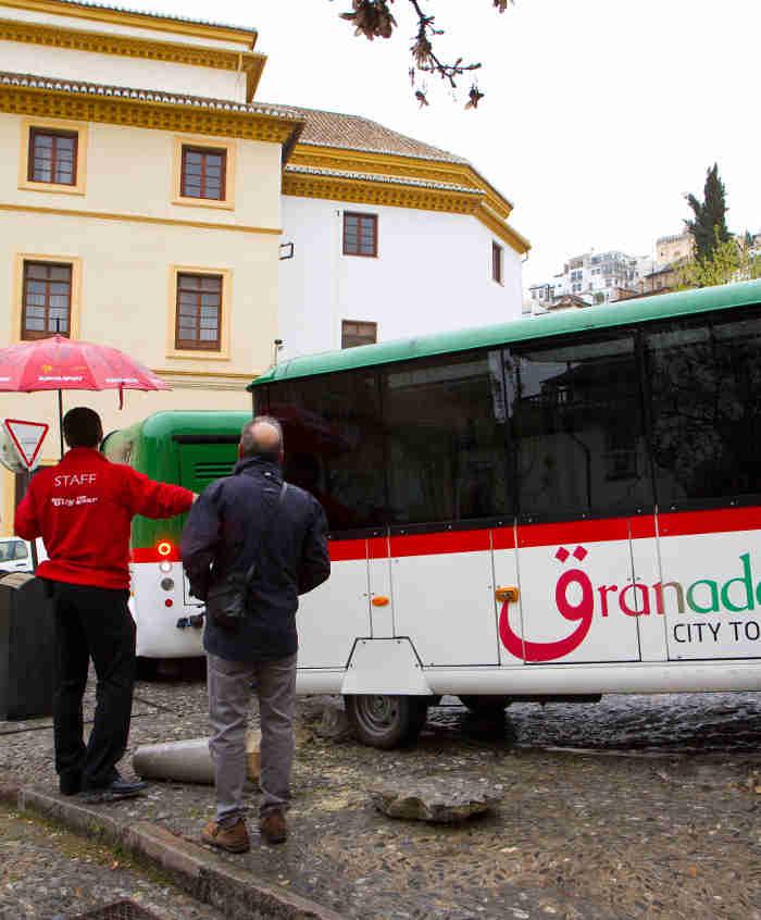Accidente del tren turístico en la Cuesta Alhacaba. Carlos Choin 2014