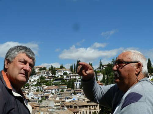 Juan y Pepe García desgranan múltiples recuerdos del barrio