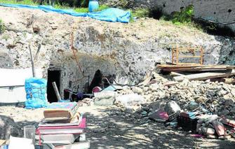 Tras el último desalojo, el pasado 21 de marzo, los moradores reabrieron las cuevas días después. GH 2014