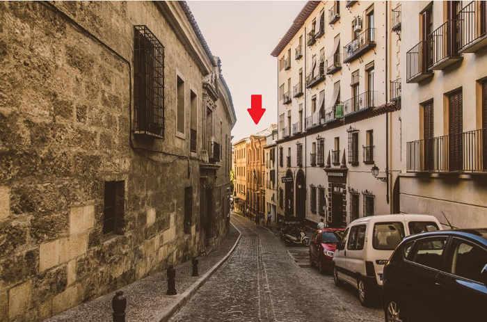 Casa de Francisco González Carrascosa (Partido Agrario Español) - En el número 5 de la calle Cárcel Alta, en la actualidad Colegio de Abogados.