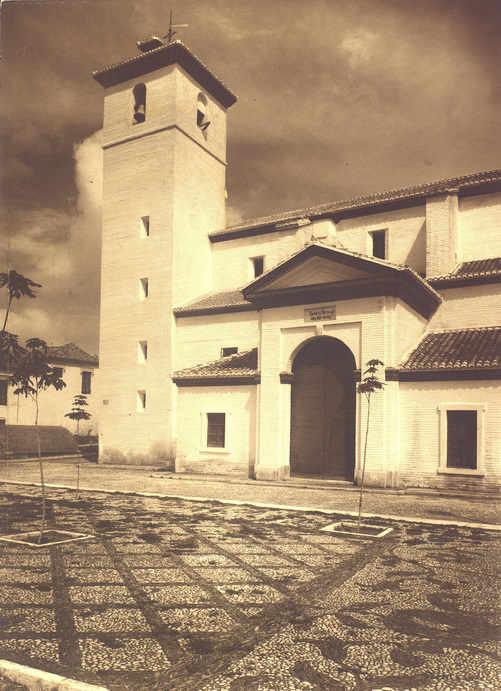 Iglesia de San Nicolás - La iglesia, tras su restauración, ya durante el franquismo (1947)