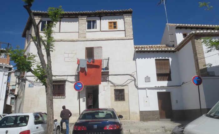 Fachada de la casa donde vivió la familia Quero en la Placeta de las Castillas, 20. Foto Mapa Memoria Granada