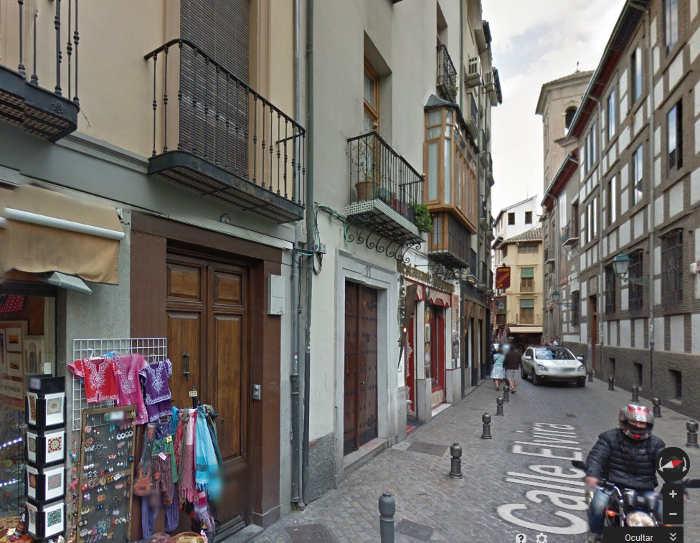 Zona de la calle Elvira donde se produjo el incendio. Foto Google Maps