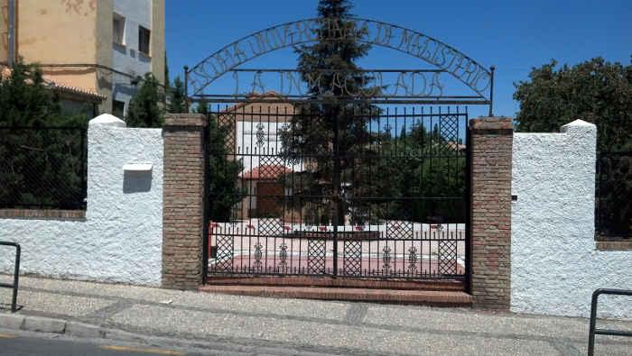 Escuela Ave Maria en la carretera Murcia donde está previsto el traslado de los Servicios Sociales.