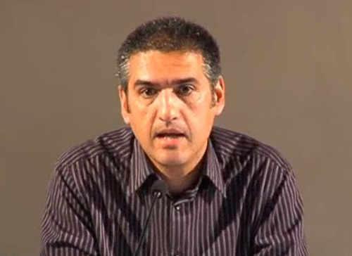 Profesor Juan Manuel Barrios en la conferencia sobre la Granada desaparecida en La Madraza