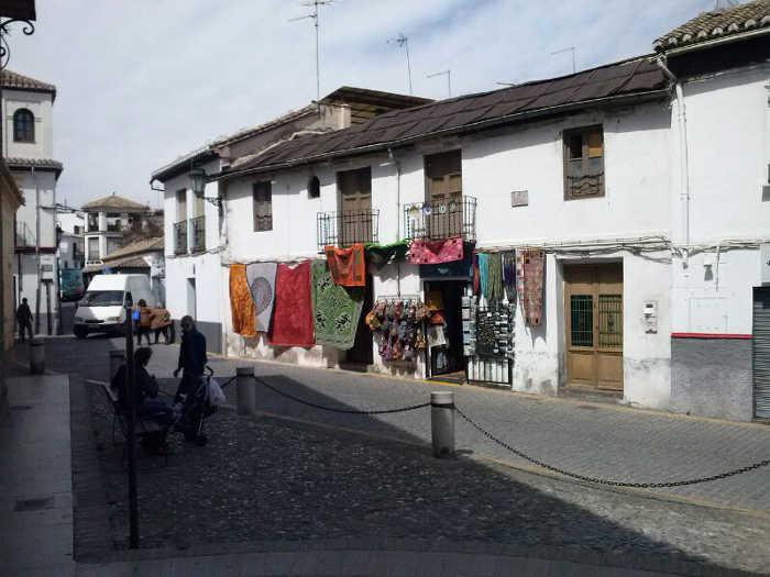 Ocupación de la vía pública con mercancía en El Salvador 2014