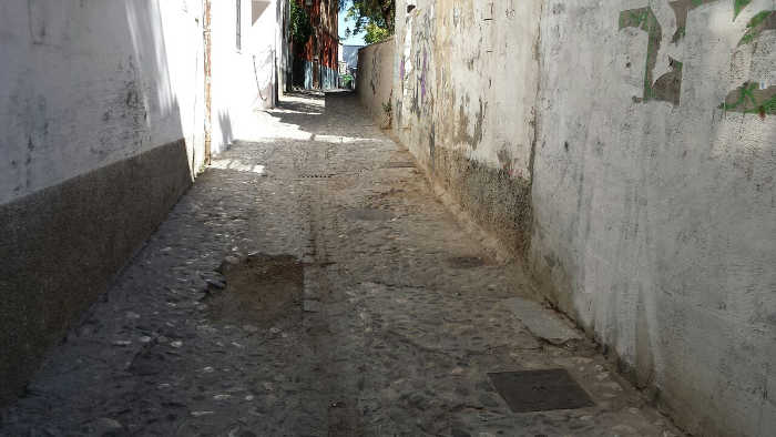 Socavón en la calle Zenete 2014