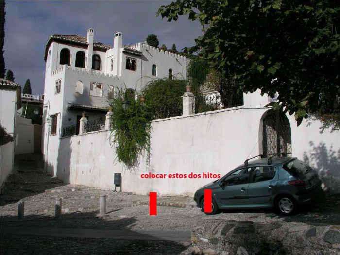 Propuesta de hitos a colocar para impedir el aparcamiento en los accesos de la vivienda  y de la calle.