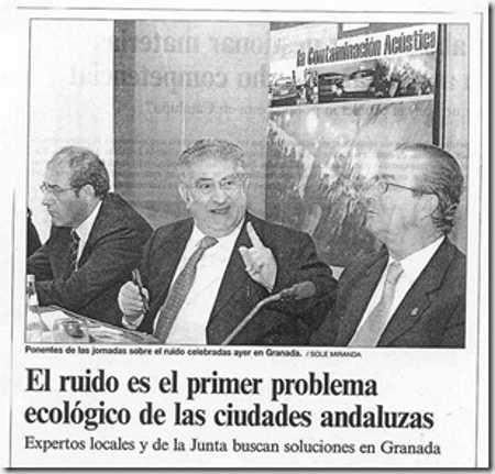 Francisco Morales presidente de Granada contra el Ruido en el centro de la imagen.
