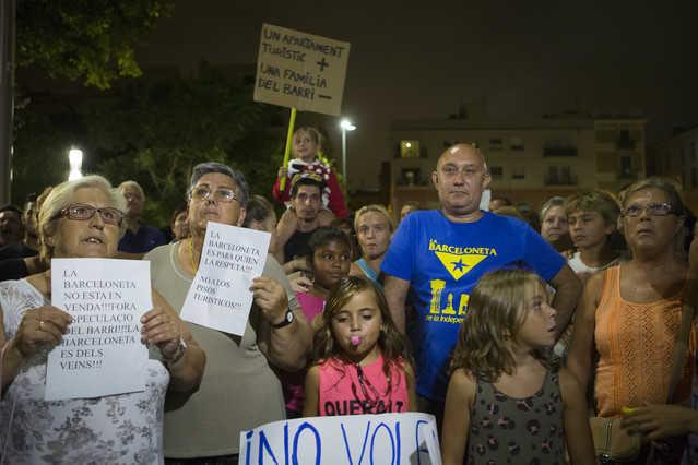 Protesta de los vecinos de la Barceloneta. 2014