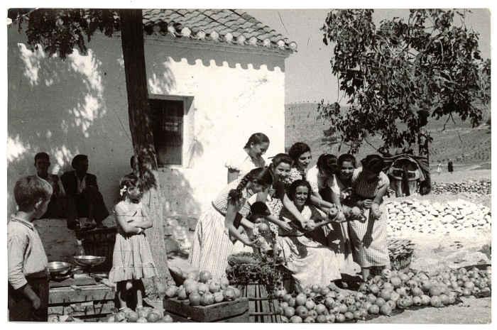 Romería de San Miguel. Fecha desconocida. Torres Molina/Archivo IDEAL