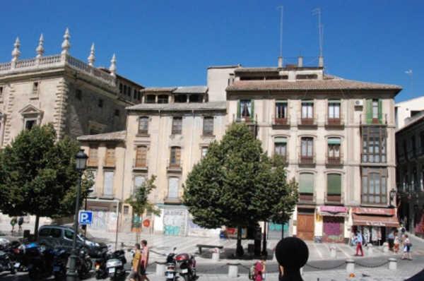 Edificios en venta Plaza Nueva para posible uso hotelero 2014