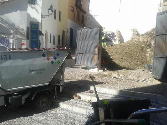 Limpiando solar San Gregorio 20141030 b