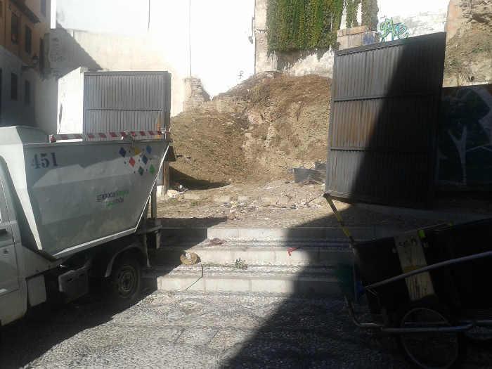 Limpiando solar San Gregorio 20141030 d