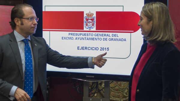 El concejal de Economía, Francisco Ledesma, antes de su comparecencia. Foto: Alberto Franco aG