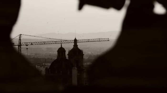Desde Zenete grua y cupulas. Compañía fotográfica de la Soleá. Foto toamda de su reportaje en YouTube obre Zenete