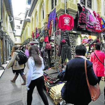 También se pide a los turistas que elijan establecimientos reglados. GH 2014