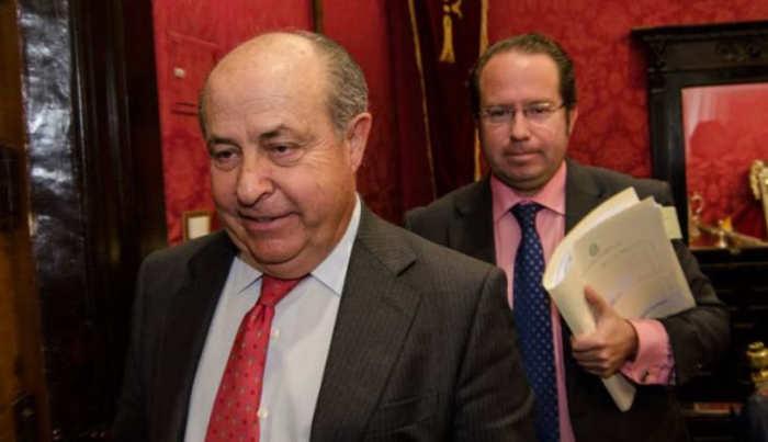El alcalde de la ciudad, y el concejal de Economía / Carlos Gil