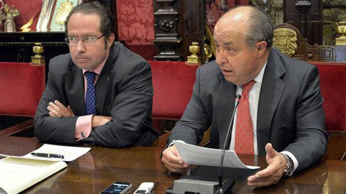 José Torres Hurtado y Francisco Ledesma, durante la presentación del plan. Foto: Javier Algarra