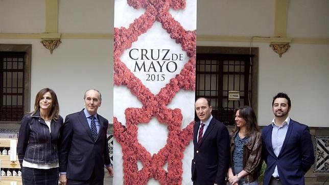 Cartel conmemorativo para la festividad del Día de la Cruz. ABC