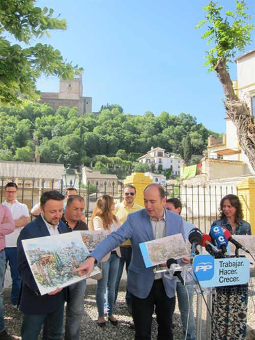 Garcia Montero presenta propuestas PP al Albayzin 2015