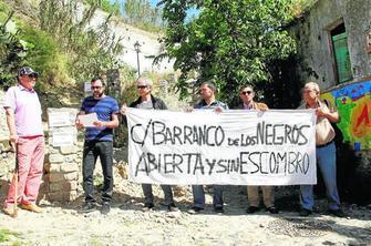 protesta vecinal Sacromonte 2015