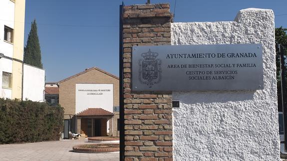 Servicios Sociales en carretra de Murcia ID 2015