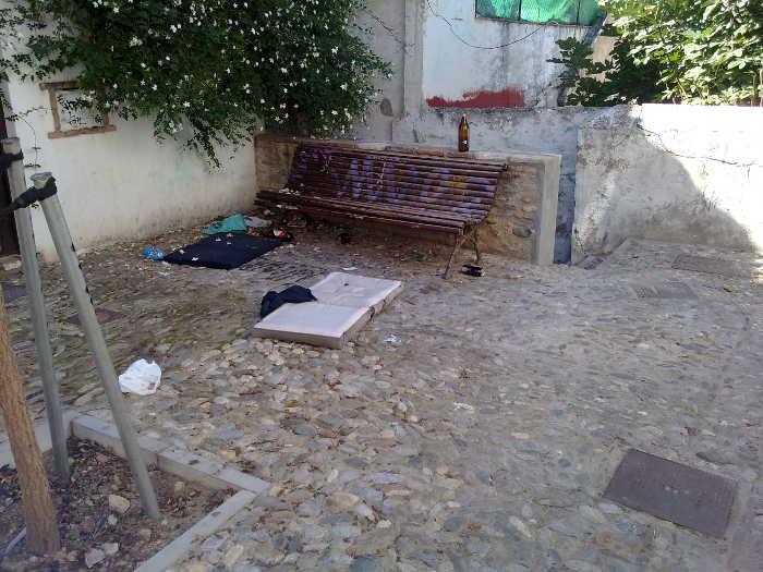 Basura calle Serrano 15102015