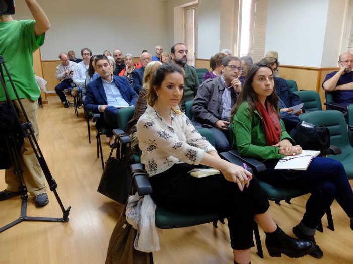 Representantes de los grupos de la oposición han asisitido a la reunión. PRENSA VAMOS GRANADA