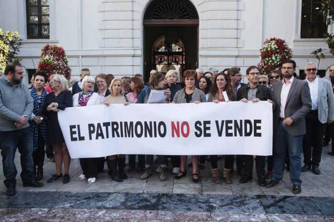 protesta casa Agreda 20151016 EI