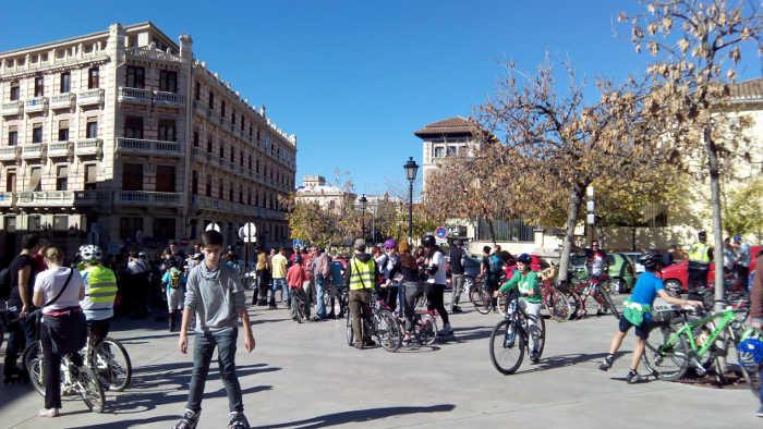 Marcha Somos ciudad calle Elvira 20151108 a
