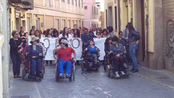 Marcha Somos ciudad calle Elvira 20151108 h
