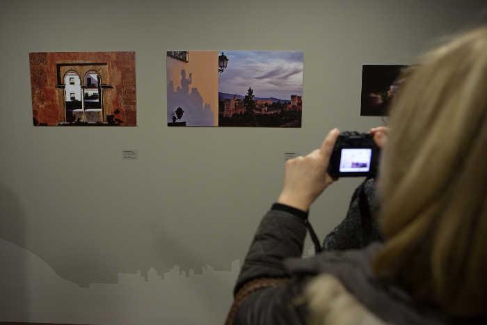 Imagen de la exposición del año pasado con las fotos ganadoras (Foto: GranadaiMedia)