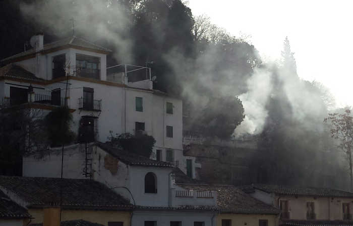 humareda en La Churra 20151216