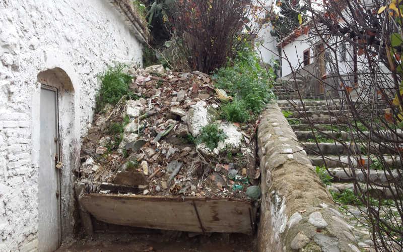 Barrichuelo Alpargateros Baja 20160120 escombro