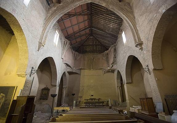 Estado actual de la iglesia de San Nicolás, cerrada la culto en 2010. / GONZÁLEZ MOLERO