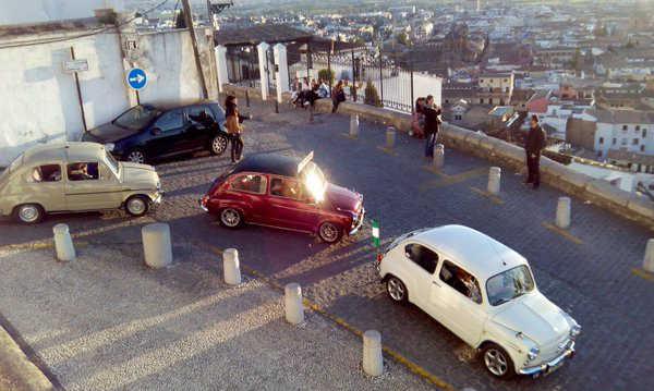 Paseo coches seta 600 por el Albayzin 20160409 a