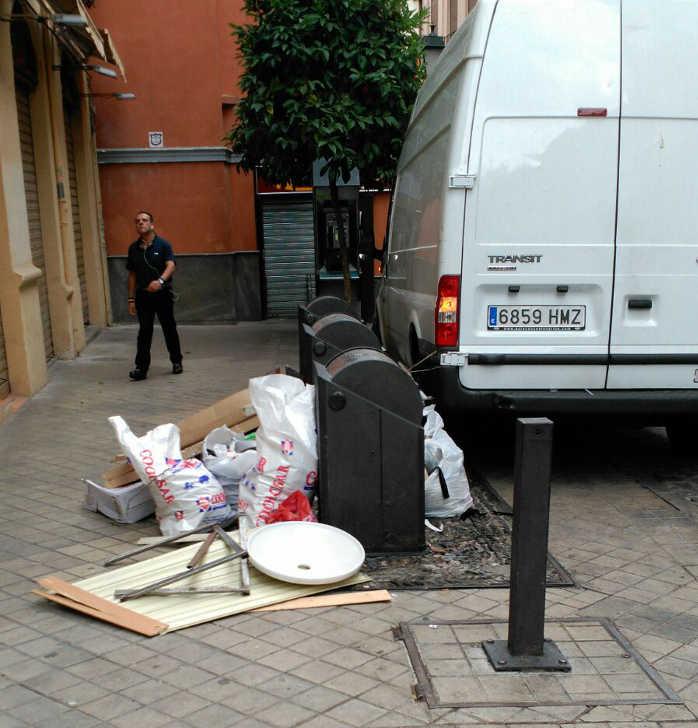 basura contenedores Elvira caldereria 20160707