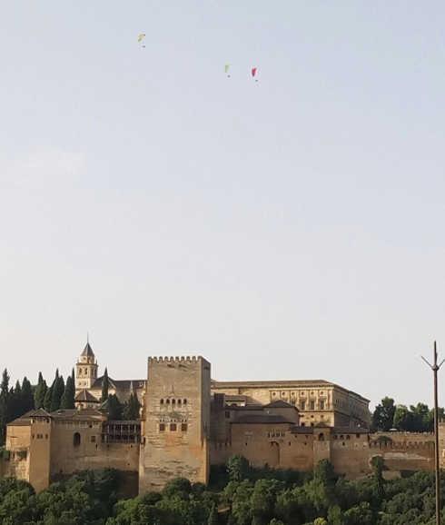 paramotores sobre Alhambra y Albayzin 20160730 ID