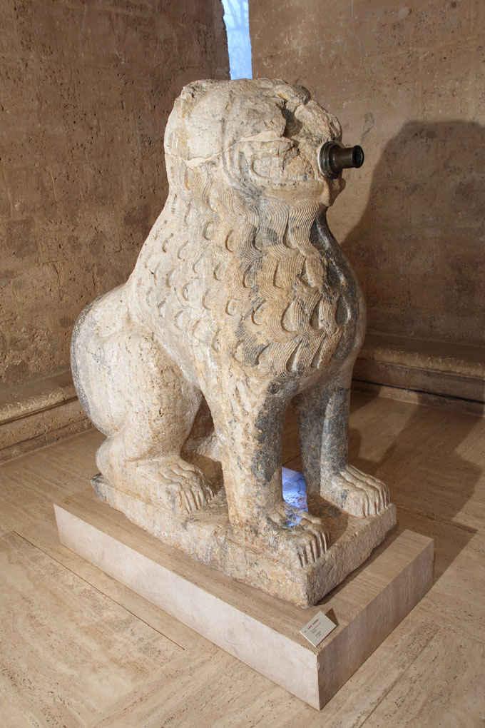 leones-del-maristan-en-el-museo-de-la-alhambra-2016