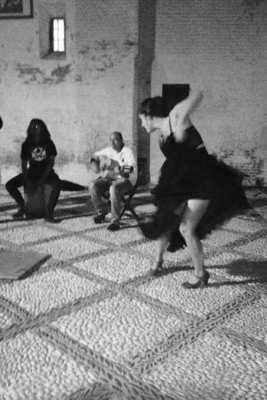 PRIMER PREMIO JOVEN ALBAYZÍN Noche en el barrio. María Calero Barquer