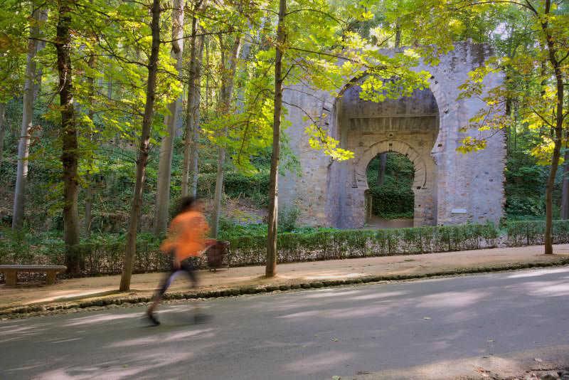 TERCER PREMIO ALHAMBRA Running en la Alhambra. Pablo Manuel Utrilla Fernández