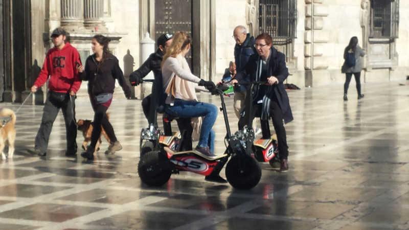 biciclos-motorizados-plaza-nueva-20161205